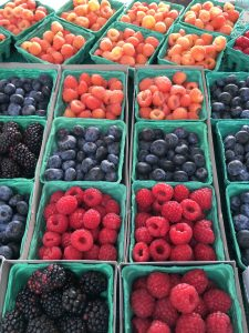 city hall farmers market - berries of various kinds
